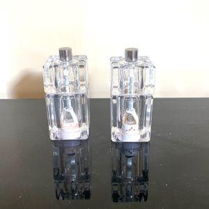 Clear Salt and Pepper Shaker Matching